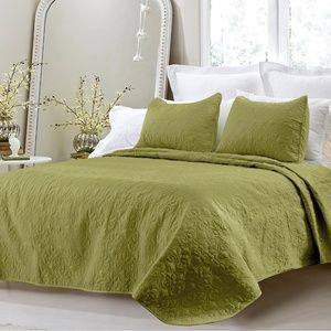 NEW 3pc Green Quilted Cotton Queen Coverlet Sets